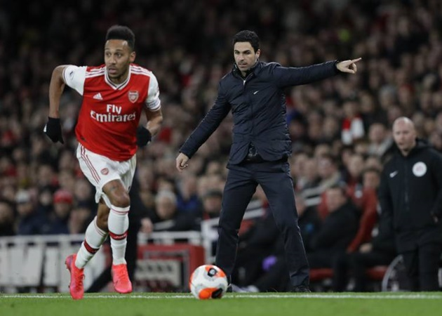 Pierre-Emerick Aubameyang's brother tells Mikel Arteta to stop playing the striker as a winger for Arsenal - Bóng Đá