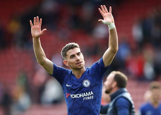 Gary Neville believes Frank Lampard has already decided to sell Chelsea midfielder Jorginho - Bóng Đá