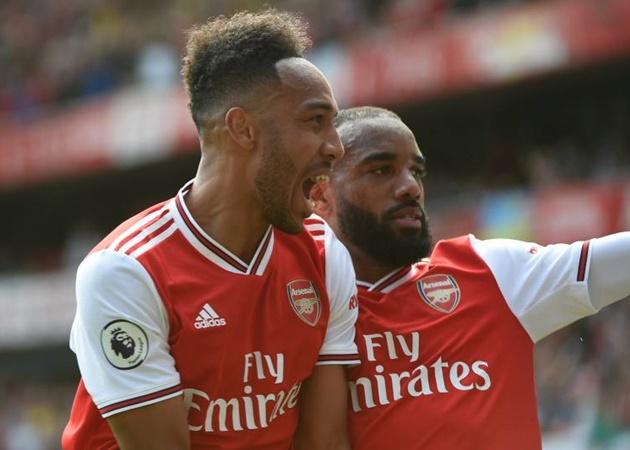 Alexandre Lacazette reveals talks with Pierre Emerick-Aubameyang over his Arsenal future - Bóng Đá