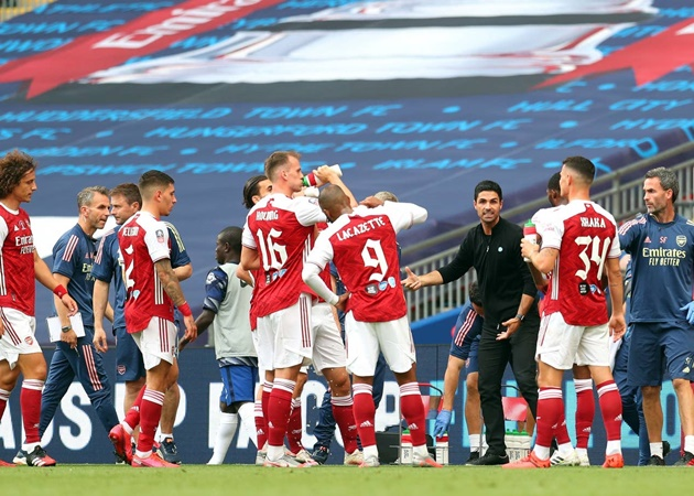 10 hình ảnh ấn tượng trận Arsenal 2-1 Chelsea: 'Oan uổng' Kovacic? - Bóng Đá
