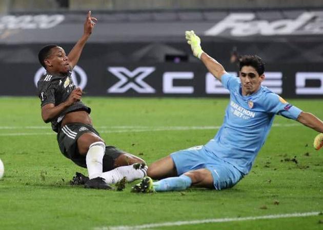 Đỉnh cao Monchi: Giúp Sevilla hạ Inter với 9 chữ ký giá... 98 triệu - Bóng Đá