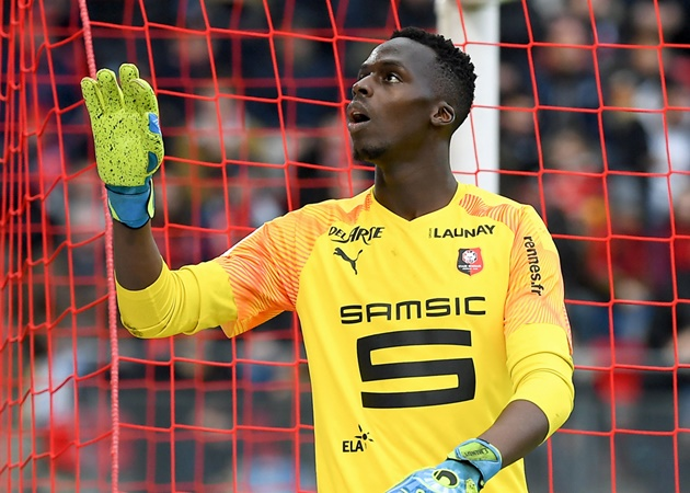 Chelsea are in advanced talks and really 'confident' to sign Edouard Mendy as new goalkeeper from Rennes - Bóng Đá
