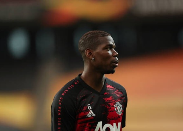Exclusive: Paul Pogba returns to Manchester United training ground after recovering from COVID-19 - Bóng Đá