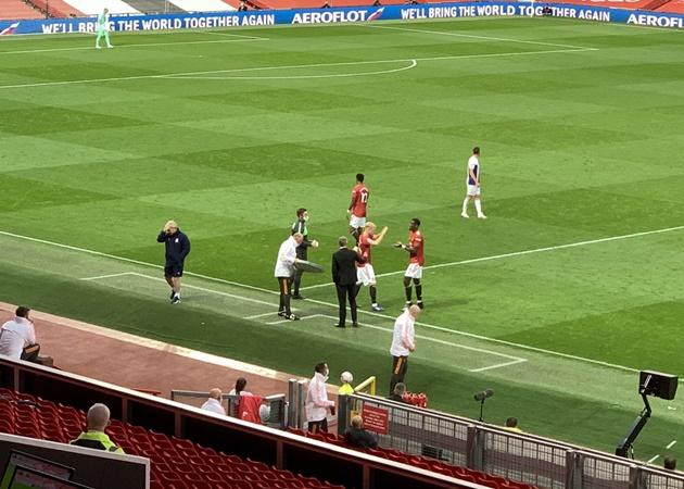 TRỰC TIẾP Man Utd 0-1 Palace: Van de Beek vào sân thay cho Pogba - Bóng Đá