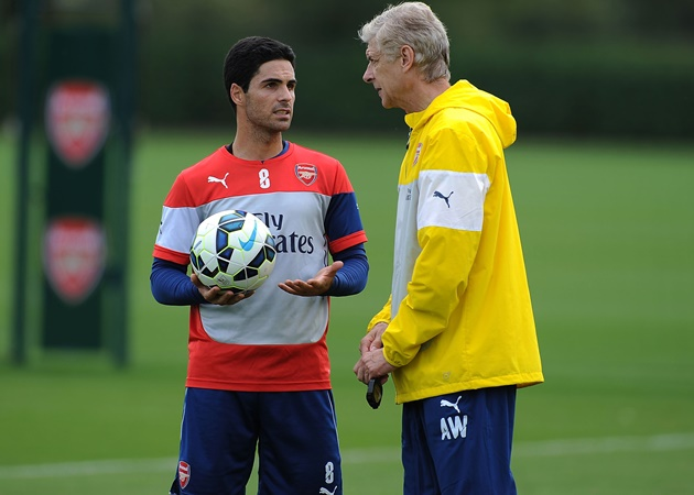 Wenger reveals why he would never be Arsenal's director of football and his one piece of advice to Arteta - Bóng Đá