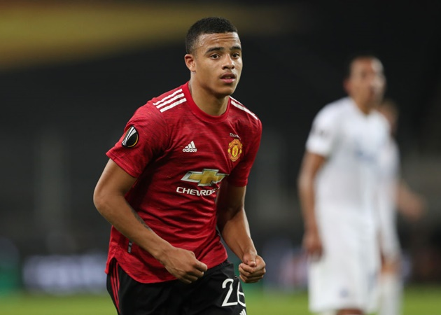 Bruno Fernandes angered by Mason Greenwood's lazy performance in Manchester United training - Bóng Đá