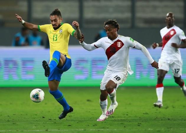Từ Telles đến Alves: Brazil và đội hình toàn cầu thủ chạy cánh cực chất - Bóng Đá