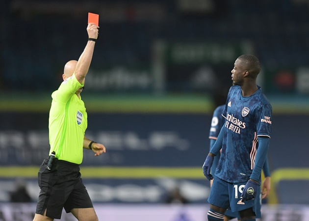 Arsenal and Leeds United condemn sickening abuse aimed at Nicolas Pepe and Ezgjan Alioski - Bóng Đá