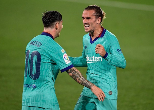 Griezmann: Messi told me he was screwed when I didn't pick Barca - Bóng Đá