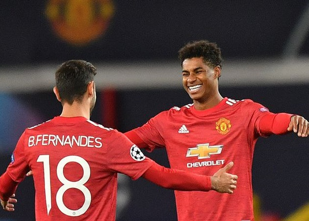 Marcus Rashford explains penalty situation with Bruno Fernandes at Manchester United - Bóng Đá
