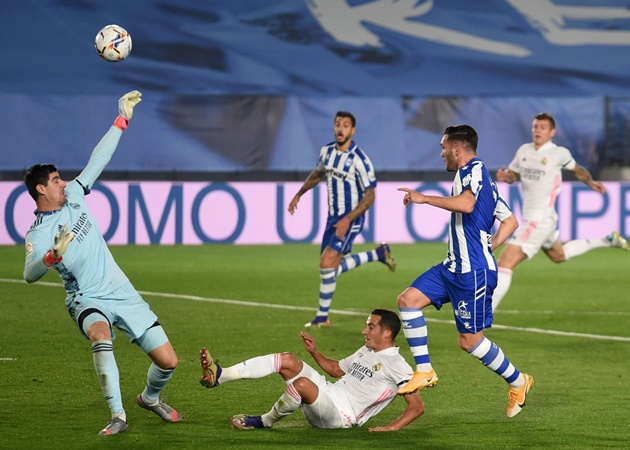 Lucas Pérez completed six take-ons in Alaves' win against Real Madrid - Bóng Đá
