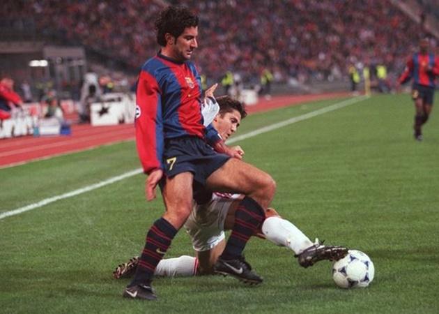 10 'số 7' hay nhất của Barca trong 25 năm qua: David Villa và 'Judas' - Bóng Đá