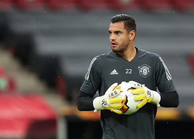 Valencia coaches ended up turning the deal down and the club have now decided to rule out the signing with Romero - Bóng Đá