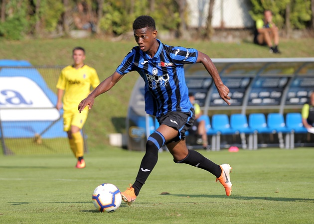 Potential January capture for Man United being compared with a young Lionel Messi (Amad Diallo) - Bóng Đá