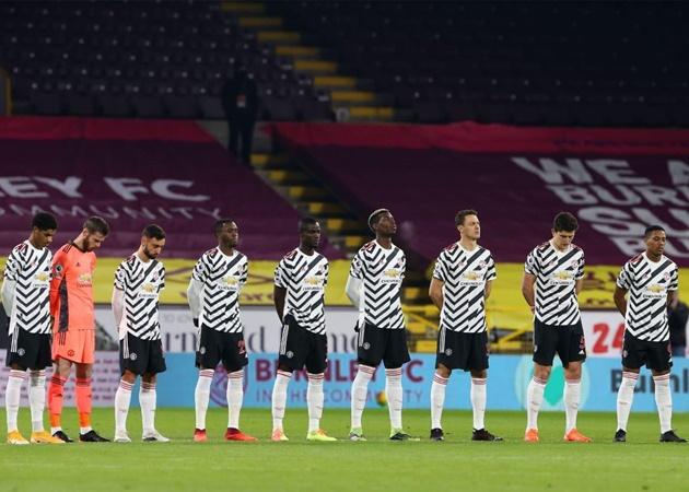 Dàn sao Man Utd và '1001 phản ứng' khi chính thức vượt lên Liverpool - Bóng Đá