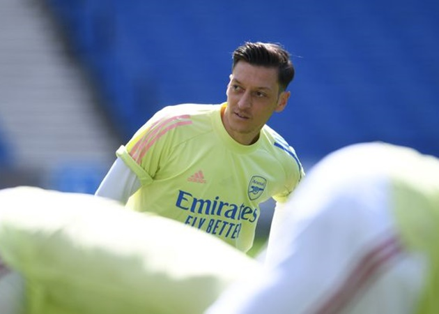 """Sogut (Özil's agent): """"I think it is very important that Mesut comes not only as a footballer but also as a lover of Fenerbahce - Bóng Đá"""