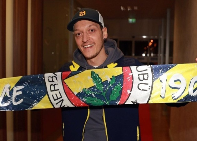 """Mesut Özil: """"I am a Fenerbahce fan. That is why I am very happy to be coming to Turkey with Fenerbahce - Bóng Đá"""