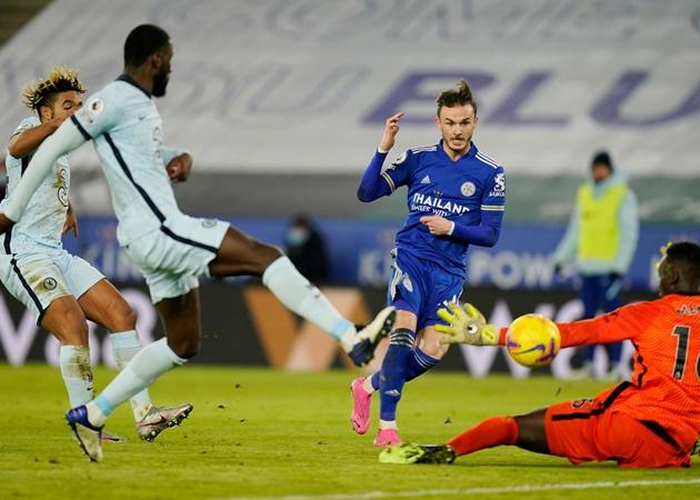 Jamie Redknapp slams Chelsea's Reece James over 'bad defending' during Leicester City defeat - Bóng Đá
