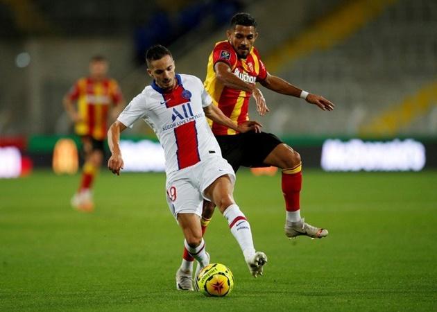 Manchester United 'have not yet made Facundo Medina bid' - Bóng Đá
