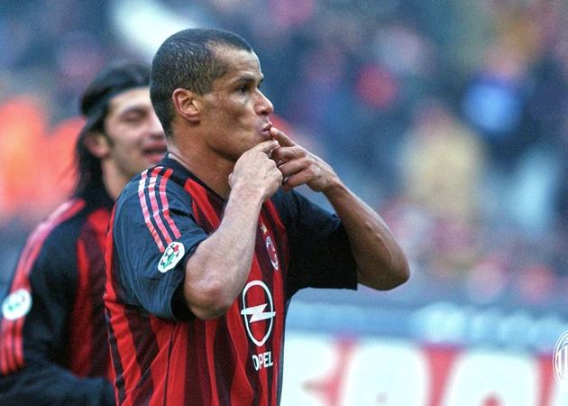 Từ Adriano đến Milito: Các sao 'bự' từng nhận 'Thùng rác vàng' Serie A - Bóng Đá