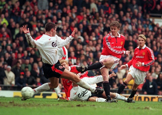 Two winning goals against Liverpool in the FA Cup fourth round, exactly 22 years apart - Bóng Đá