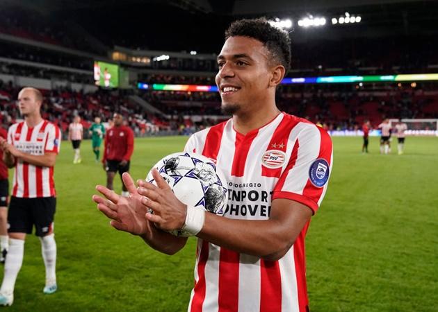 10 sao đáng lẽ Arsenal nên giữ lại: Cazorla, Vela và 'báu vật' Hà Lan - Bóng Đá