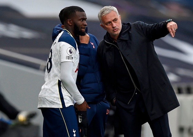 Ndombele reveals Pogba talks over difficulties with life under Mourinho - Bóng Đá