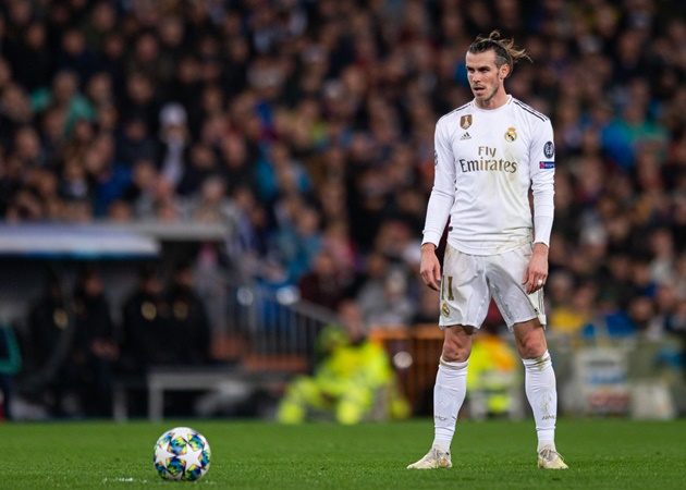 Gareth Bale 'expects Real Madrid to honour his £600,000-a-week salary' and 'will REFUSE to take a pay-cut'  - Bóng Đá