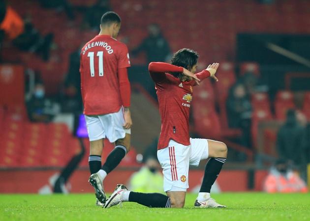 XONG! Đội hình Man Utd đấu Man City: Pogba, Cavani vắng mặt; 2 'báu vật' xuất hiện - Bóng Đá