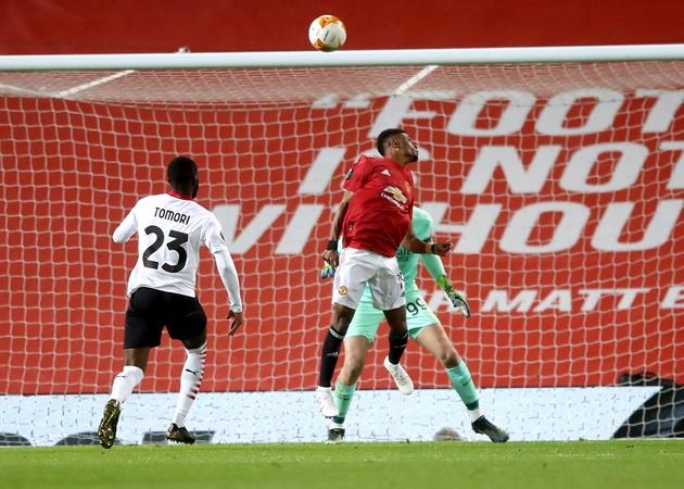 Điểm nhấn M.U 1-1 Milan: Quỷ đỏ hòa như thua; 'Ác mộng' bóng chết - Bóng Đá