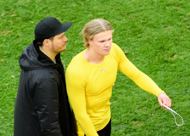 Erling Haaland speaks out after storming off the pitch and tossing his Borussia Dortmund shirt - Bóng Đá
