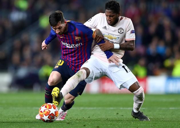 Man Utd star Fred names 'out of this world' Messi - Bóng Đá
