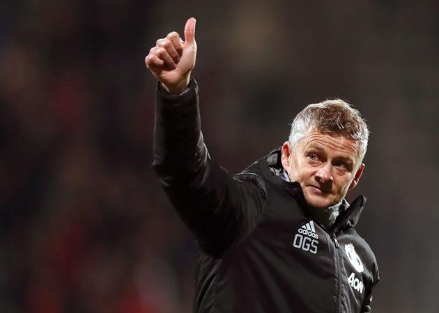 Ole ra tuyên bố, Man Utd đã nghĩ đến chuyện lật đổ Man City - Bóng Đá