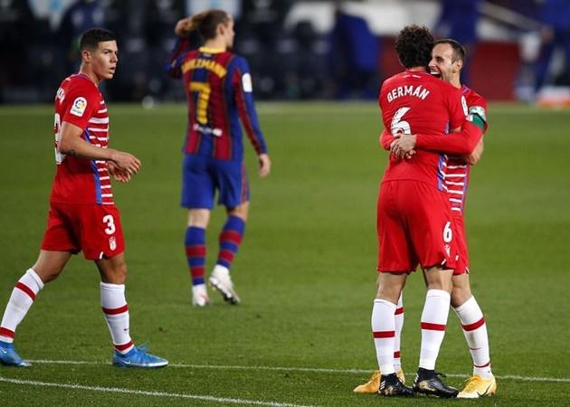 SỐC! Messi hỏng ăn khó tin, 'sút văng' danh hiệu La Liga của Barca? - Bóng Đá