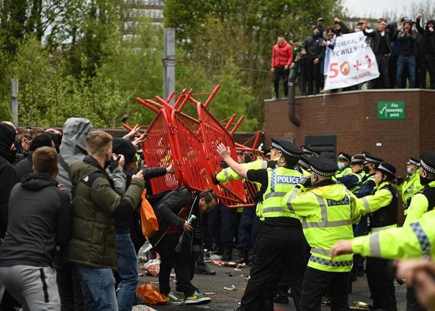 Ngày đáng quên nhất của Man Utd dưới triều đại nhà Glazers! - Bóng Đá
