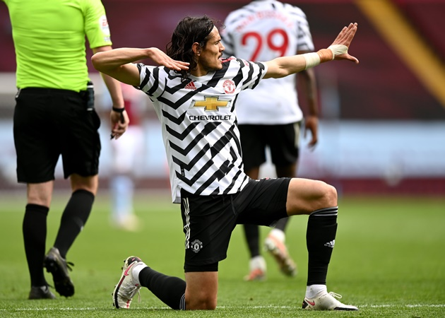 Romano: Edinson Cavani has signed his contract extension with Manchester United, here we go! - Bóng Đá