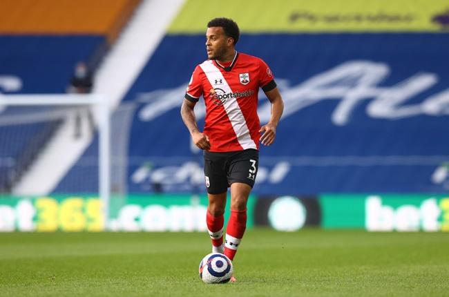 Arsenal step up talks to sign Ryan Bertrand on a free transfer from Southampton - Bóng Đá