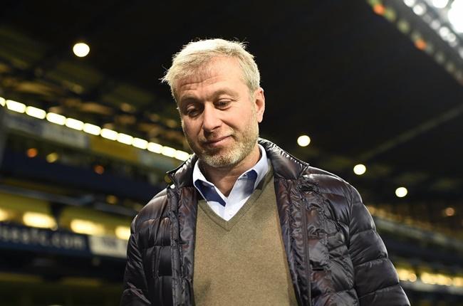 Ăn mừng đặc biệt, 2 sao Leicester 'vỗ thẳng mặt' chủ tịch Chelsea - Bóng Đá