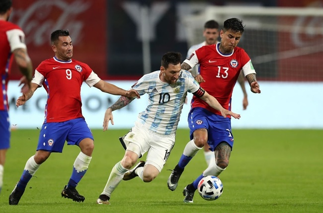Messi gọi - Sanchez trả lời, Argentina hòa nhạt Chile - Bóng Đá