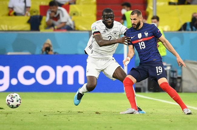 'It's childlike': Roy Keane slams error Chelsea player made at Euro 2020 yesterday - Bóng Đá