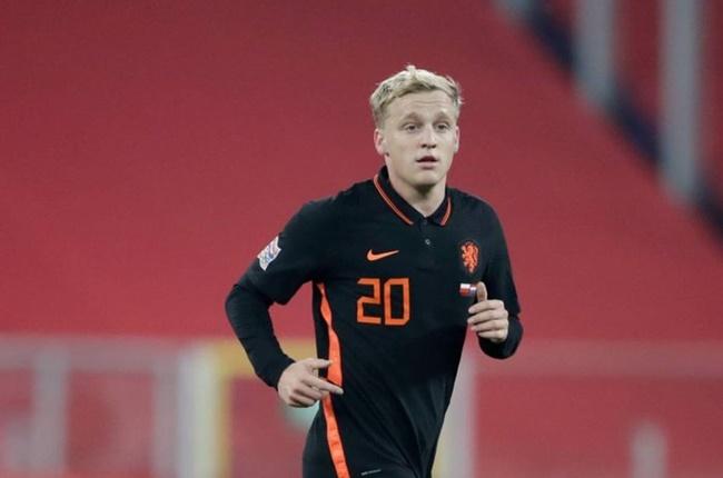 Donny van de Beek offers himself to Barcelona - Bóng Đá