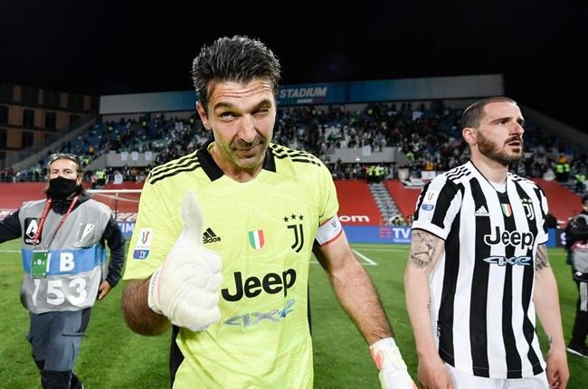 CHÍNH THỨC! Rời Juventus, Buffon xuống Serie B thi đấu - Bóng Đá