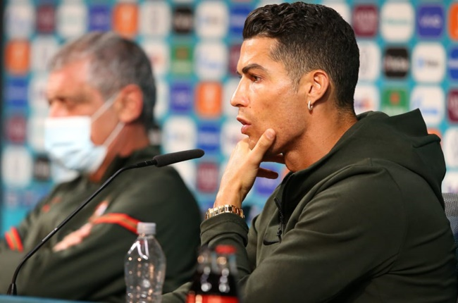 UEFA has responded to Euro 2020's most unexpected trend. Cristiano Ronaldo - Bóng Đá