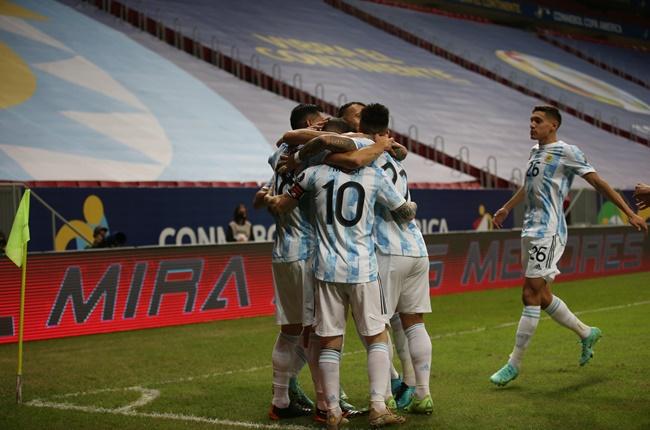 Messi kiến tạo, Argentina thắng nhẹ Uruguay - Bóng Đá