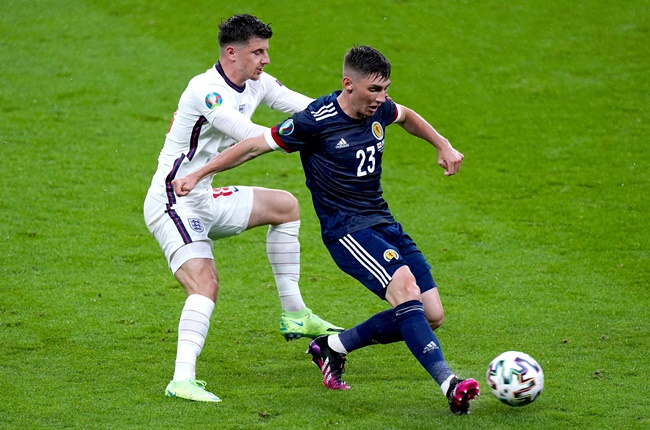 Frank Lampard praises Chelsea midfielder Billy Gilmour for his display in Scotland's draw with England at Euro 2020 - Bóng Đá