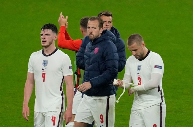Mesut Ozil pokes fun at England's draw with Scotland with Braveheart tweet as Channel 5 shows Mel Gibson classic - Bóng Đá