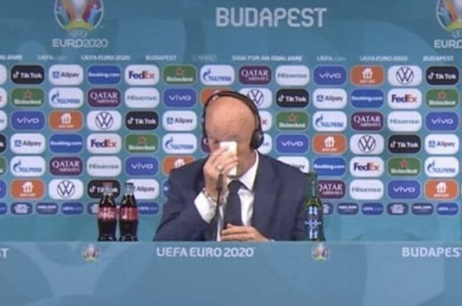 Marco Rossi crying - Bóng Đá