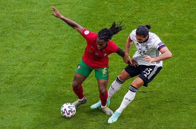 Former Bayern Munich midfielder Renato Sanches reacts to Portugal's 4-2 loss to Germany - Bóng Đá