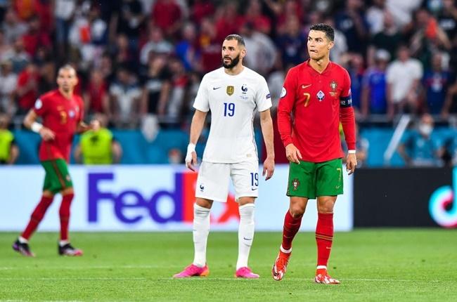 Benzema tiết lộ cuộc trò chuyện với Ronaldo - Bóng Đá