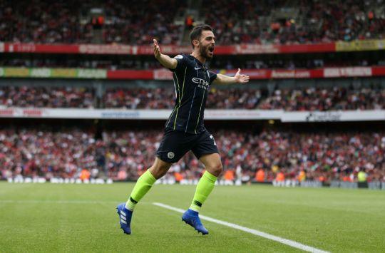 Emery từ chối tưới nước Emirates giúp Man City - Bóng Đá